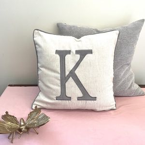 """🎁 NEW """"K"""" Monogram Accent Pillow Cover in Gray"""